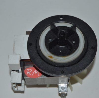 Bomba desagüe lavadora Zanussi serie Z sin pata 358905120