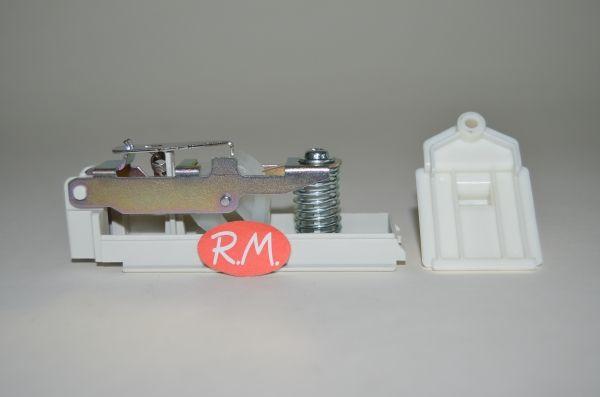 Cierre puerta secadora Indesit IS60V C00257618