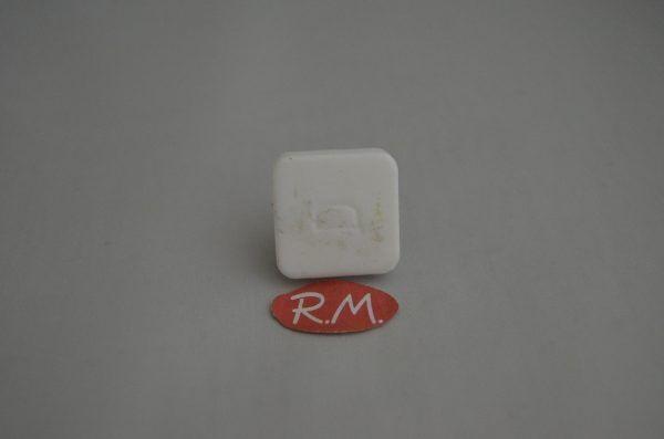 Casquillo arrastre cuadrado plato microondas 25 mm