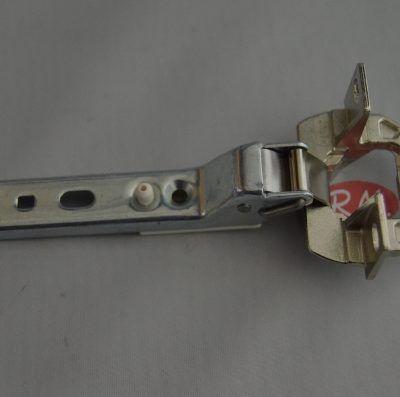 Bisagra para encastre puerta frigorífico Balay 00268698