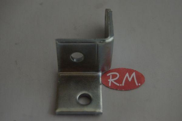 Bisagra inferior puerta frigorífico Fagor FR0810027