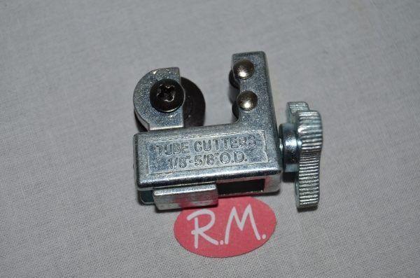 Cortatubos mini para tubo de cobre de 4 a 15 mm