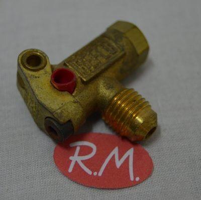 """Válvula obús para carga refrigerante Refco 3/16"""" pinchada"""