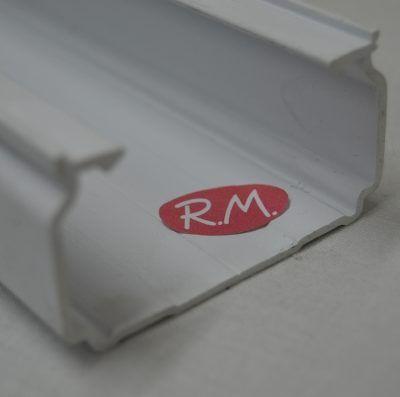 70x40mm. Canaleta blanca con tapa AEMSA tira de 2 metros