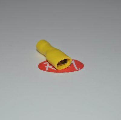 Terminal faston hembra amarillo aislado Ø6,3 mm
