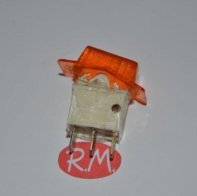 Interruptor unipolar ambar con piloto 11 x 19 mm