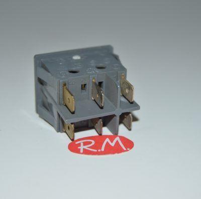 Interruptor unipolar doble con piloto ambar 22 x 30 mm