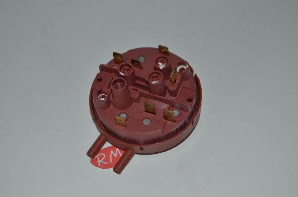 Presostato dos tubos lavadora Balay 067064