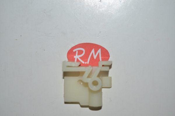 Taco fijación zócalo lavadora Fagor F-817 LA0516700