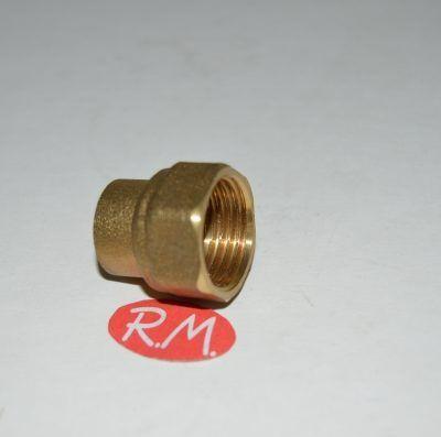 Enlace latón 180° rosca H-1/2 soldar 22 mm