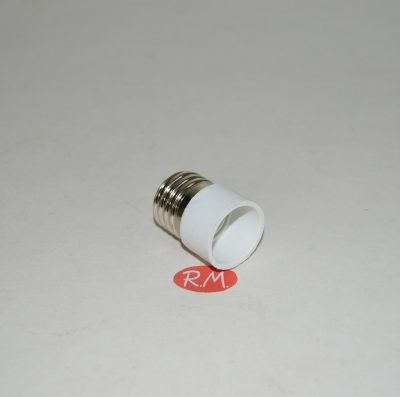 Adaptador casquillo de E27 a E14