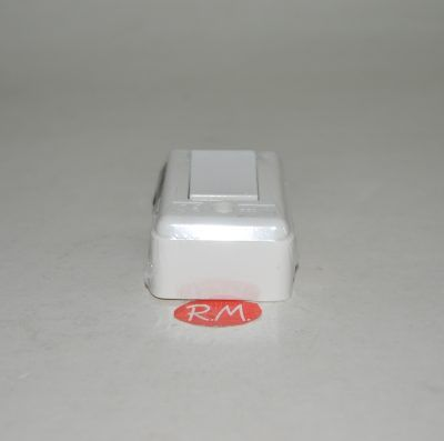 Conmutador superficie blanco extraplano 6A