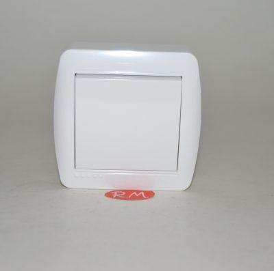 Conmutador superficie blanco Solera MUR02U