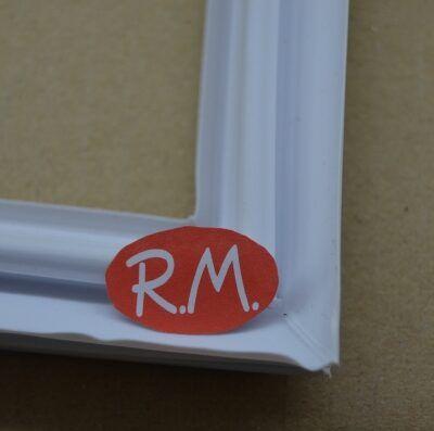 Burlete puerta congelador Indesit 570 x 730 mm C0014661